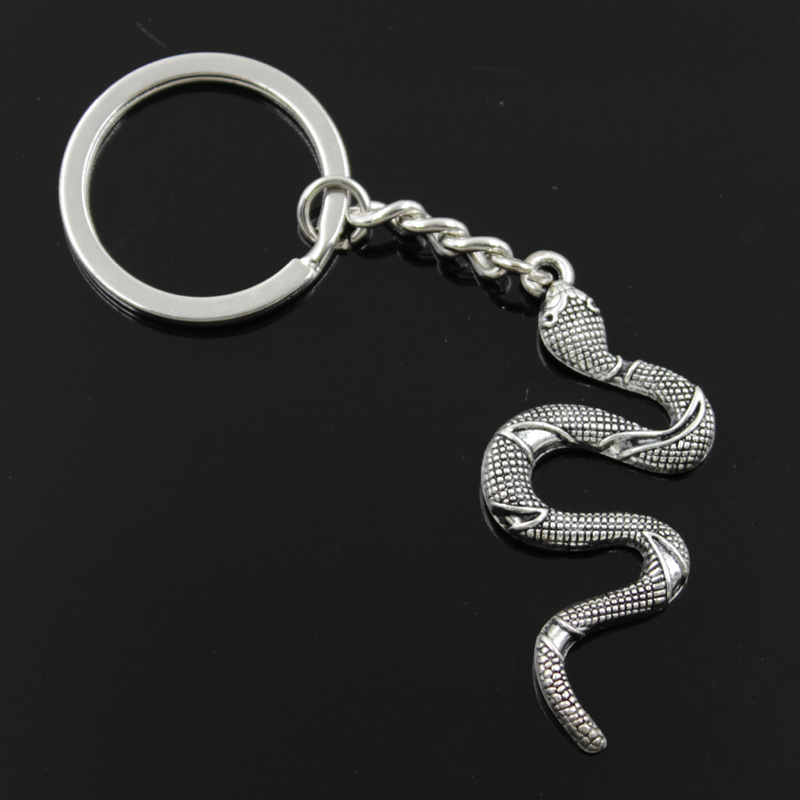 New Fashion Men 30mm Keychain DIY Metal Holder Chain Vintage Snake Cobra 53x23mm Silver Color Pendant Gift