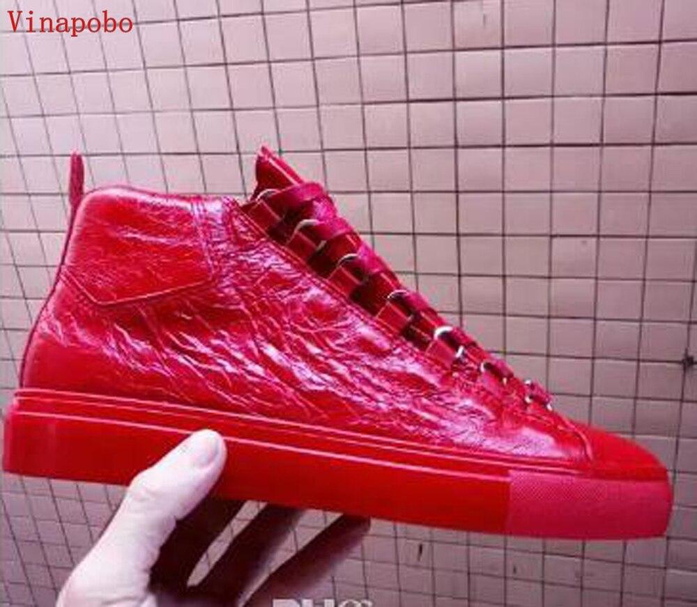 Homens da moda Tênis Preto Vermelho De Couro Enrugado High Top Flats Shoes Lace Up Partido Causal Sapatos De Luxo Das Mulheres Dos Homens Formadores sapatos
