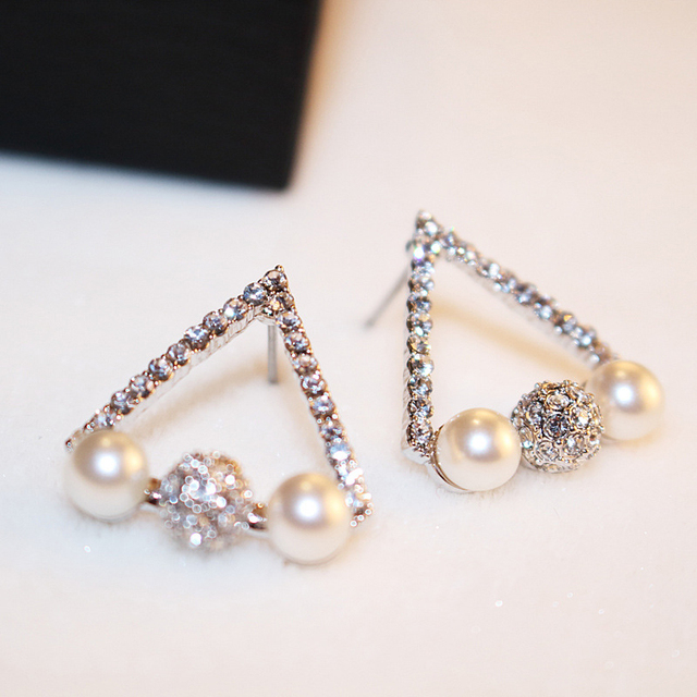 Rhinestone Imitation Pearl Silver Triangle Earrings Summer Hypoallergenic Earrings For Women Studs Bisuteria Mujer Bijoux Femme