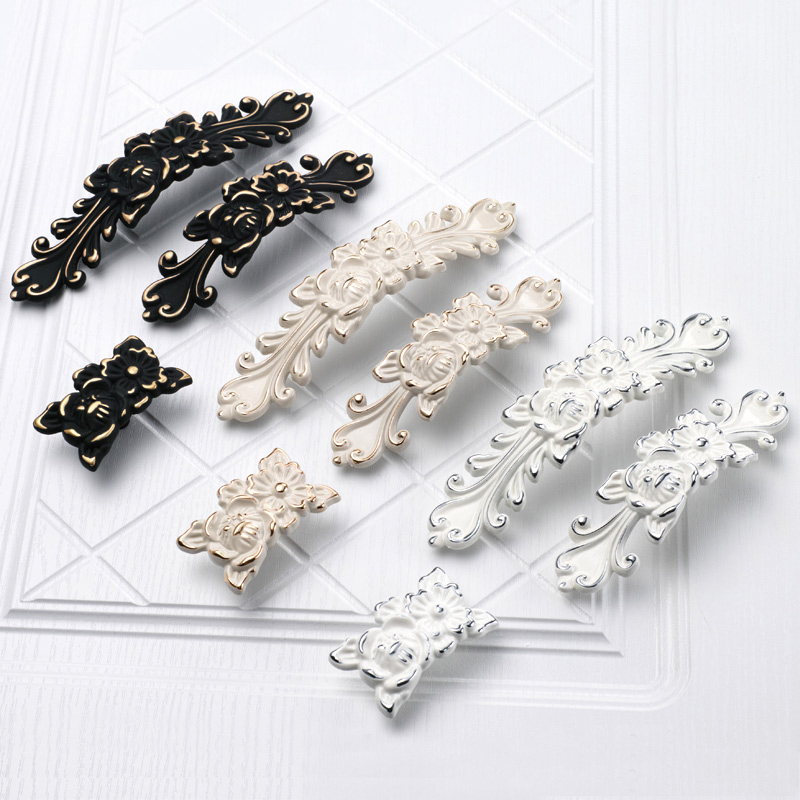 Classical Pattern knob Furniture Cabinet Wardrobe Handles and Pulls,Kitchen Cupboard Drawer Door Handles Antique Pens White Gold