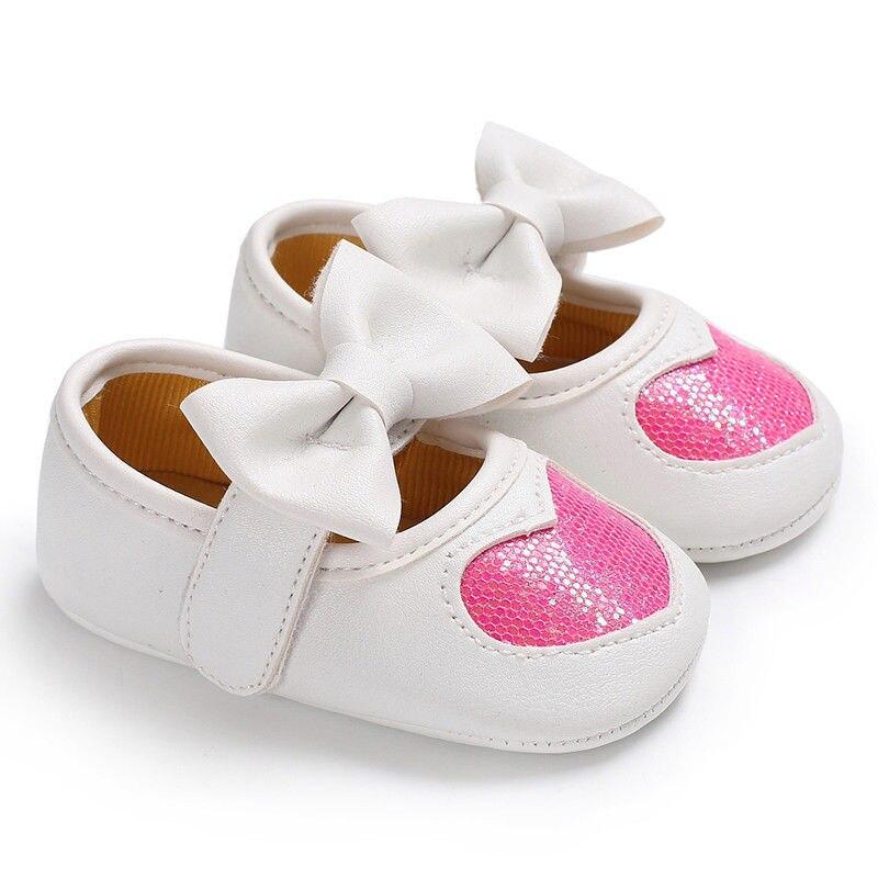 Новорожденных с бантом для маленьких девочек противоскользящие кожаная обувь детская кроватка Твердые блестками бантом обувь на липучке 4 стиль наряд сезон: весна–лето - Цвет: Розовый