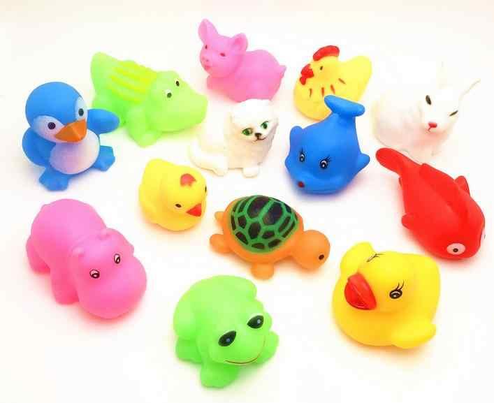 13 Uds preciosos animales mezclados colorido flotador de goma suave sonido al estrujar juguete de baño chillón para bebé GYH