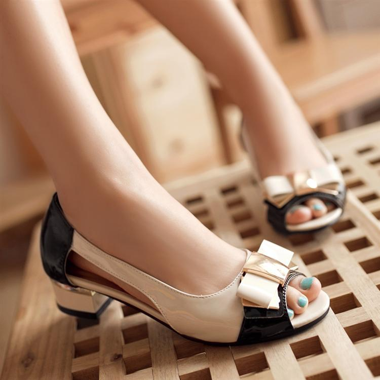 2c73a5fe6798a New Bow Open Toe Color Block Patent Leather Women Sandals Fashion Thick Low heeled  Summer Office Shoes Ladies Gladiator Sandals-in Women s Sandals from ...