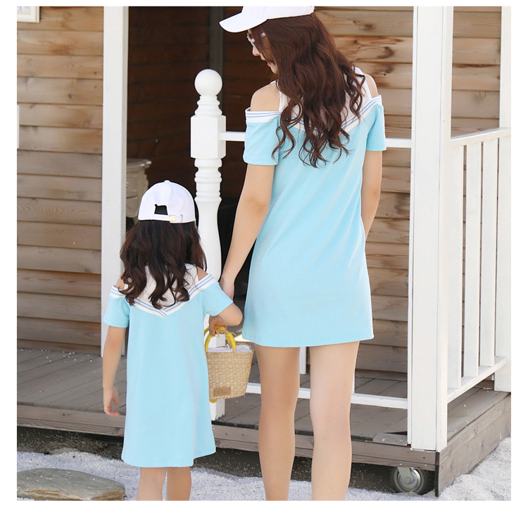 HTB1LHDvclaE3KVjSZLeq6xsSFXal - Summer Clothes Family Matching Outfits Dad Son Short Sleeve T-Shirt Mother Daughter Dresses Cute Blue White Dress Clothing