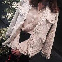 2019 spring and autumn new ladies temperament V neck jacket tweed pearl buckle Slim tassel short coat women