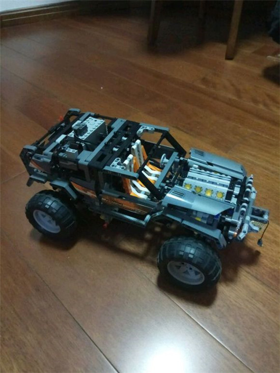 1132Pcs Technic Ultimate Series The Off-Roader Set Children Lepins Educational Building Blocks Bricks Toys Model Figures Gifts lepin 20030 technic ultimate series the off roader set children educational building blocks bricks toys model gifts legoing 8297