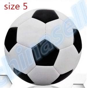 1pcs Classic Black White Outdoor Butyl Inner Football Ball Standard Adult Size 5 PU Soccer Ball Training Ball