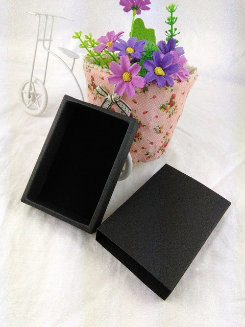 24PCS/Lot Gift box Retail Black Color Paper Drawer Box Gift Bank Packaging Cardboard Boxes with free High-grade black velvet