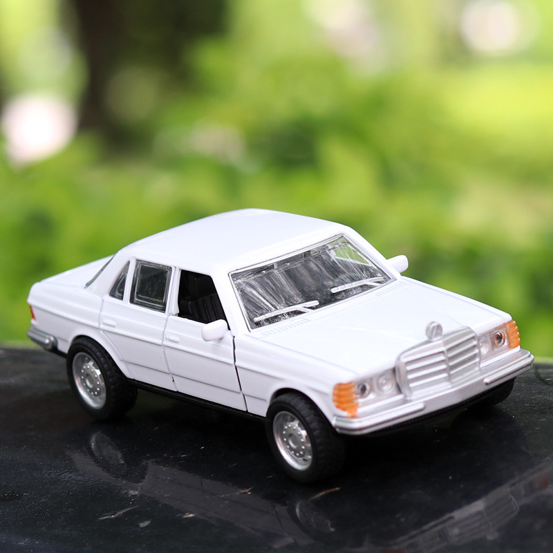 1:36 Diecasts & Toy Vehicles BENZ W124 Car Model  Collection Car Toys For Boy Children Gift Birthday