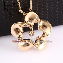 A1-P215 Italina Rigant Fashion Rhinestone Flower Charm Necklace Pendant 18KGP Crystal Jewelry
