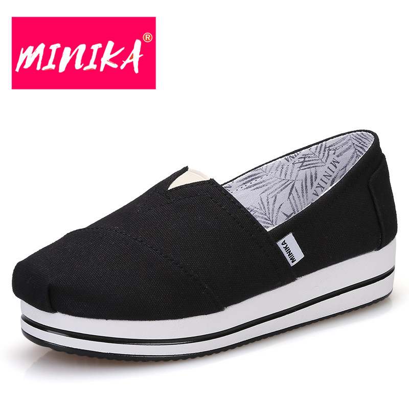 MINIKA Solid Colors Platform Shoes Women Thick Bottom Comfortable Flat Shoes Women Black Shallow Shoes Slip on Shoes for Women minika new arrival 2017 casual shoes women multicolor optional comfortable women flat shoes fashion patchwork platform shoes