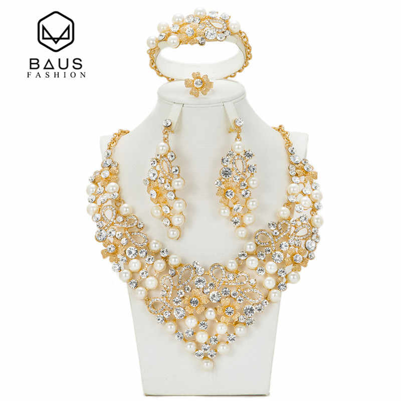 2017 NEW Latest Luxury Big Dubai Gold Color Crystal Necklace Jewelry Sets Fashion Nigerian Wedding African Beads Costume Jewelry