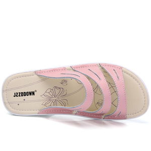 Image 4 - 本革の女性のビーチフリップは靴をプ女性の夏ウェッジカジュアル女性プラットフォームサンダル靴