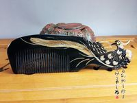 Chinese natural Ox horn comb Health massage Statue Phoenix