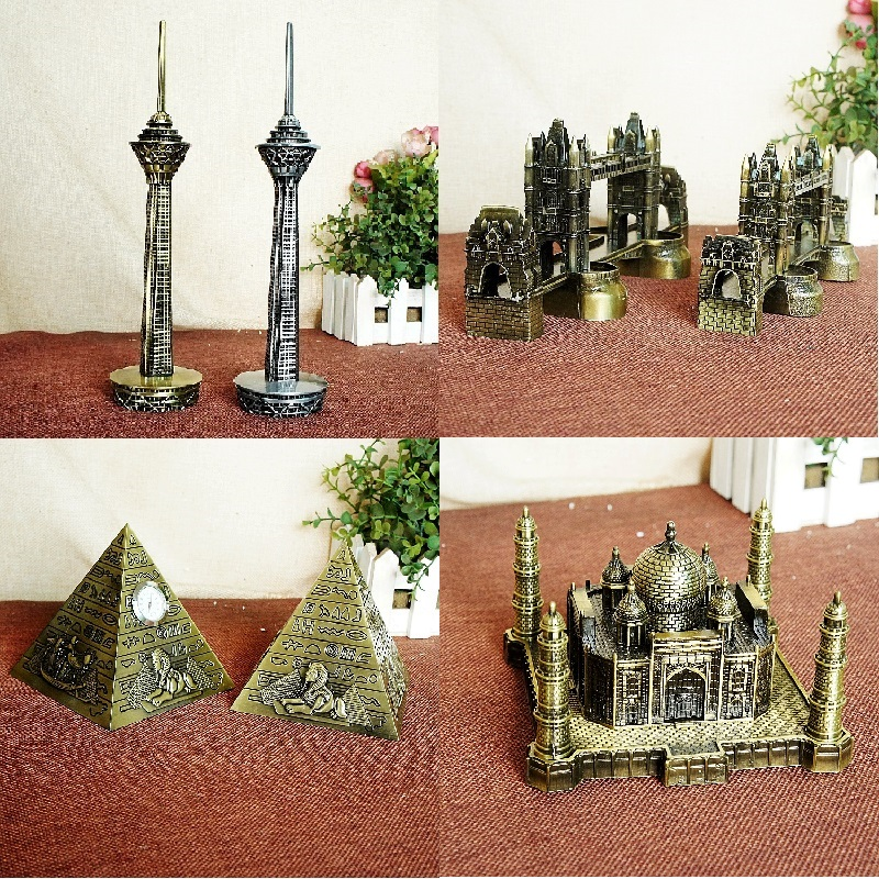Berømte landemærker Metal Iran Milad Tower Egyptiske Pyramider Building Model London Tower Bridge Vintage Home Decor Arkitekter Gave