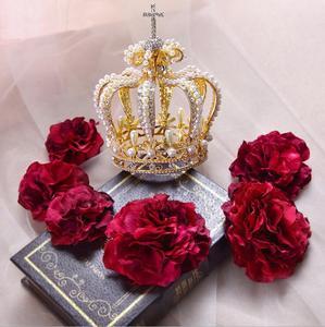 Image 4 - 高級ブライダルヘアアクセサリークロスバロックスタイルヴァンテージクリスタルパールウェディングクラウン合金ブライダルティアラバロックの女王クラウン