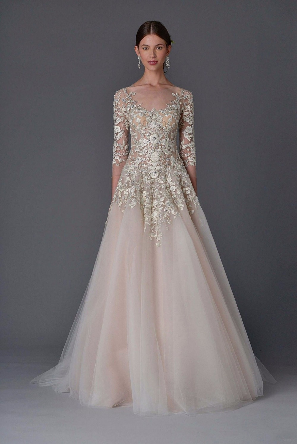 Marchesa Wedding gown O-Neck Floor length Watteau train Applique Beaded  half sleeve tulle Champagne 3f0e286a2457