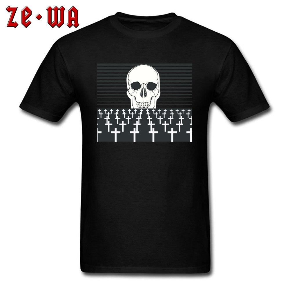 Cemetery Skull Tees Men Tshirt Black White Classic T-shirt Custom Halloween Tops Plus Size Tees Cotton Clothing Free Shipping