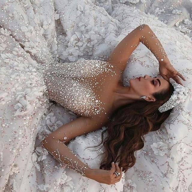 Amanda Design Dubai Royal Long Sleeve Lace Applique Crystal Flowers Wedding Dress Luxury