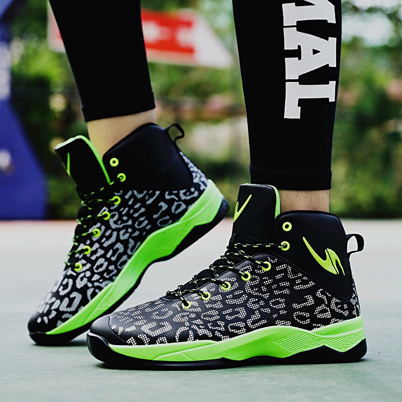 a197e65b1 Original Air Crazy Shockproof JD Retro Super Fly 2018 Men s Breathable  Basketball Shoes Max AJ Sports Ankle Boots Sneakers-in Basketball Shoes  from Sports ...