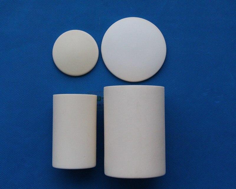 Le laboratoire de 10 ml à 400 ml utilise un creuset en céramique à haute teneur en alumine cylindrique avec couvercle