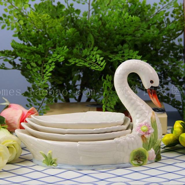 ceramic Creative swan fruit plate Candy Storage dish Dessert Snack Salad plate home decor wedding decoration handicraft figurine