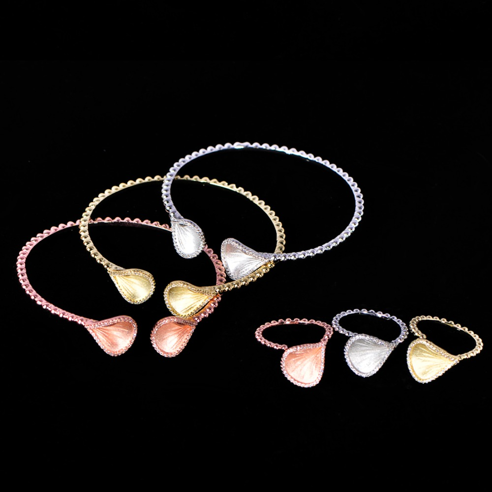 MECHOSEN Luxury Floral Petal Jewelry Set Shiny Zircon 6Pcs Bangle Ring Sets For Women Anniversary Party Bride High Quality GiftsMECHOSEN Luxury Floral Petal Jewelry Set Shiny Zircon 6Pcs Bangle Ring Sets For Women Anniversary Party Bride High Quality Gifts