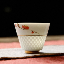 Handpainted Ceramic Tea Cups White Porcelain Flower Pattern Teacup High Quality Kung Fu Set Hand Made Cup And Saucer