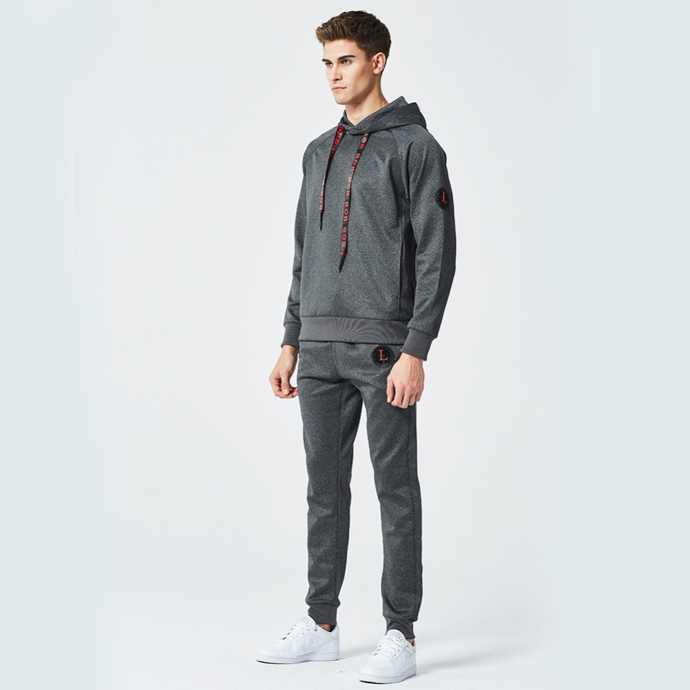 2018 spring new men's casual wear, sweater suit sportswear.Heavy suit with cap and guard, warm casual clothing in winter