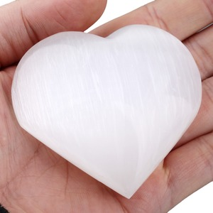 Image 2 - شكل قلب سالينيت طبيعي من TUMBEELLUWA/بيضاوي/بيضاوي/بيضاوي الشكل كريستال لأغراض الشفاء عينة من حجر النخيل