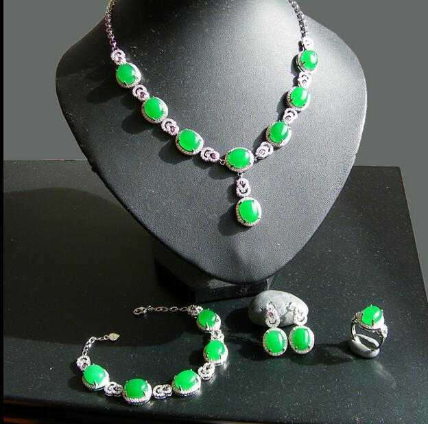 Necklace Gold Inlaid Jade natural jade chain itemGrandmother green bride gift 4 four pieces   hot gold chain