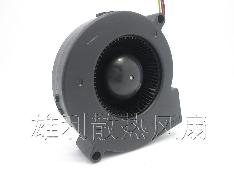 Free Shipping Emacro SERV0 E0720H12B7AP-16 DC 12V 0.24A 3-wire connector 70mm Server Projector Fan free shipping emacro sf7020h12 61as dc 12v 250ma 3 wire 3 pin connector 65mm6 server cooling blower fan