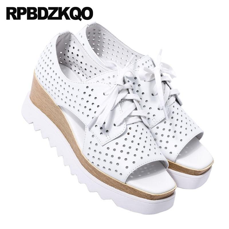Peep Chaussures Designer Dentelle forme Luxe D'été De Talons Véritable Cuir Plate Qualité Sandales Haute Up 2018 Femmes Pompes Compensées En Blanc Toe q0Bpwgz