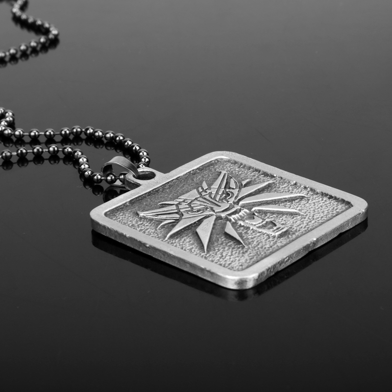 Hot Game Jewelry the Wizard wolf head Dog Tag Pendant Necklace the Witcher3 Geralt monchichi sleutelhanger Wild Hunt Git for Men
