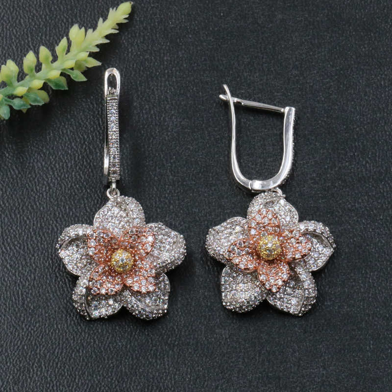 Lanyika เครื่องประดับแฟชั่นน่ารักศิลปะดอกไม้ต่างหู Micro Pave Zircon หมั้นยอดนิยมต่างหูของขวัญ