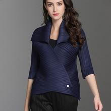 Female's Pleated Clothing Vestido