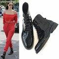 Botas de tornozelo Mulheres Casuais Fivela de Metal No Tornozelo Mulheres Martin Botas Ocidental Botas de couro Ocasional Estilo Britânico zapatos mujer