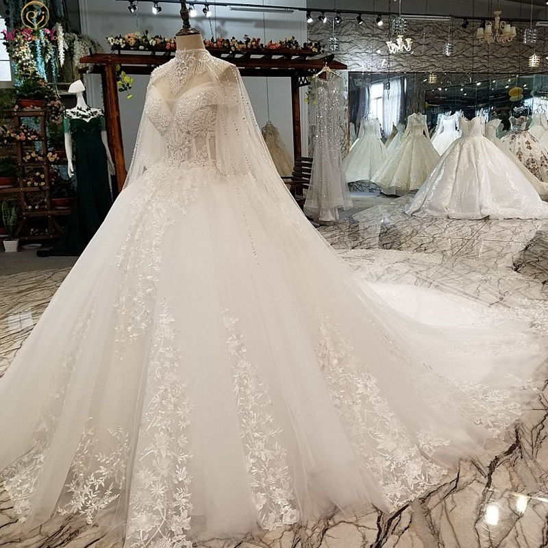 Luxury Wedding Dresses 2019 Ball Gown Off Shoulder Beading Chapel Train Lace Appliques Sequined Beaded Bridal Gowns Customize