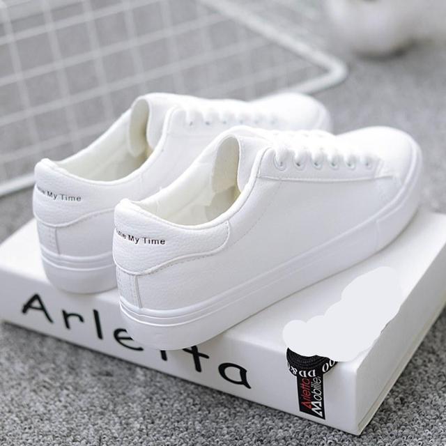 c09 White
