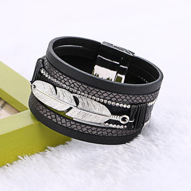 Women Handmade Multilayer Magnetic Leather Bracelet