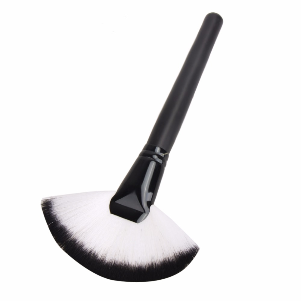 Large Fan Makeup Brush Face Cheek Blush Powder Liquid Foundation Contour Concealer Professional Cosmetic Make Up Brush Tool
