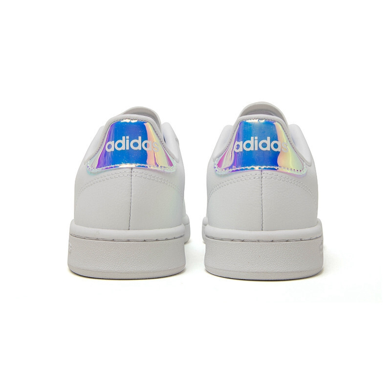 adidas Originals Swift Run $130.00 adidas Originals Swift