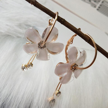 SUKI New Korean 6 Petal Acrylic Zircon Tassel Earrings Brincos OorbellenTransparent Wholesale Womens Hoop