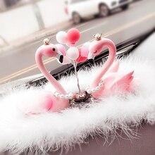 Автомобиль орнамент перо фламинго игрушки куклы Симпатичные украшение шар Автомобильный интерьер приборной панели аксессуары прекрасный Для женщин подарок