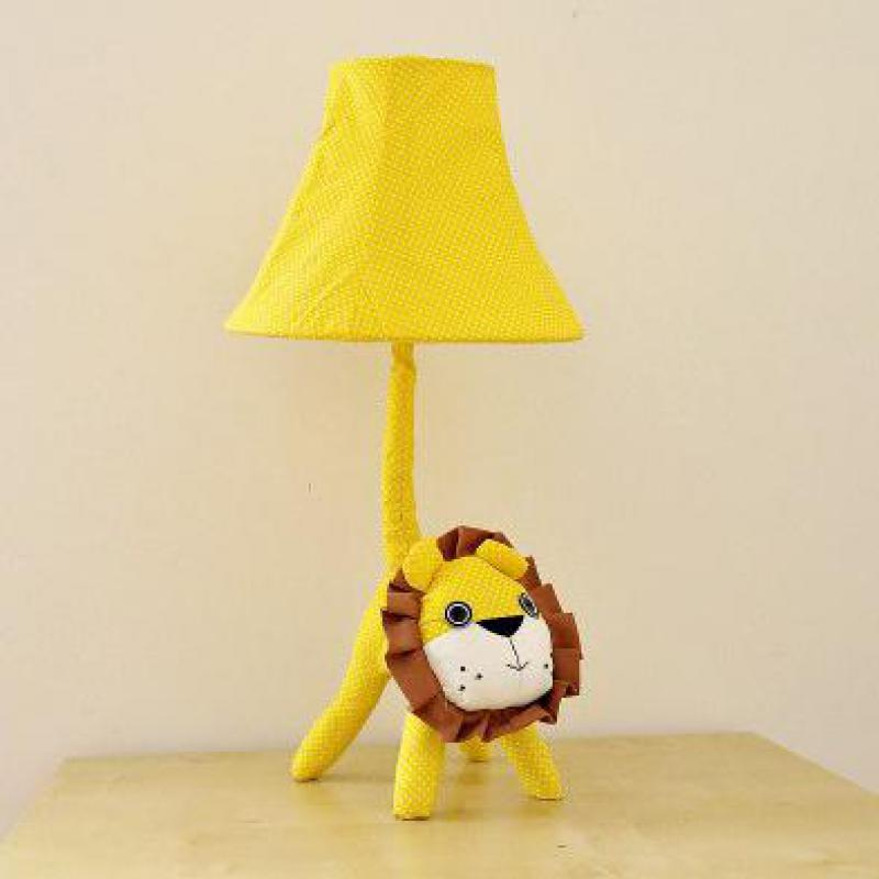 ФОТО Cottage Cartoon Lovely Cute Fabric Animal Lion Led E27 Dimmer Table Lamp With Remote Control For Kid's Present Gift 1176