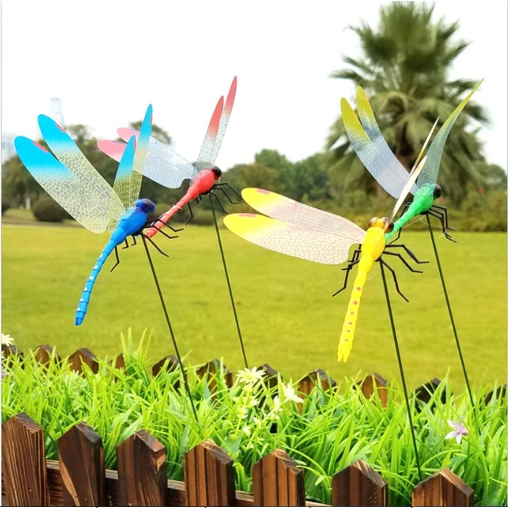 2pcs/lot SOLEDI Creative Dragonfly Garden Decor 3D Garden Art Decorate Gardening Artificial Garden Ornament Plastic Color Random