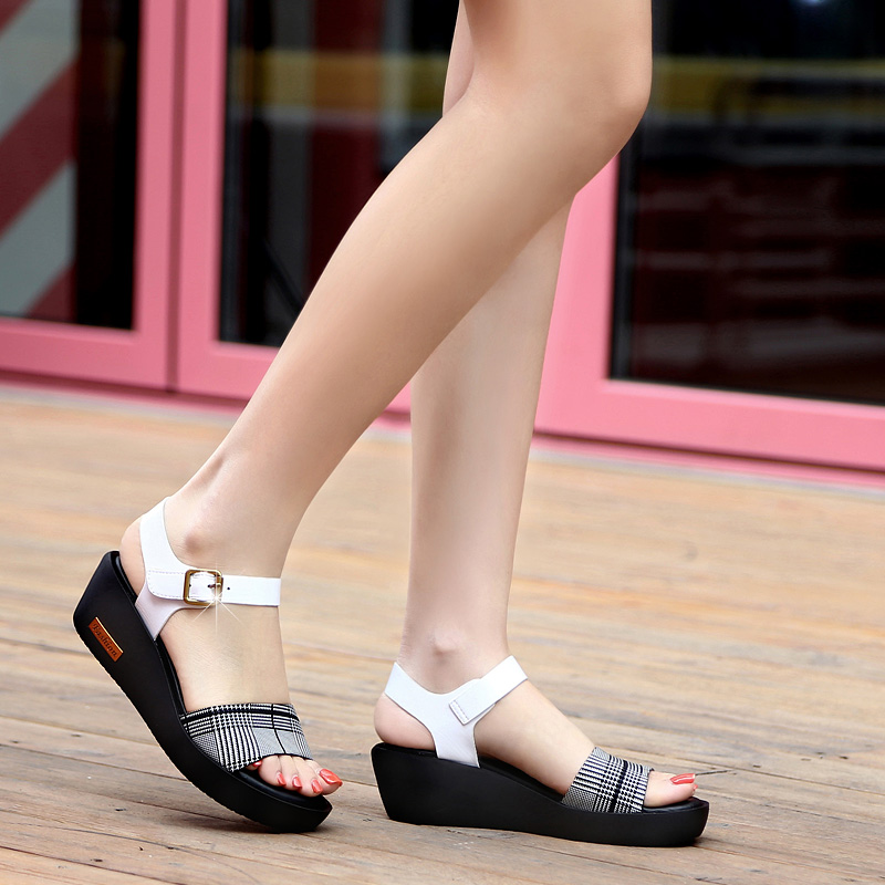 Sandals Female Summer Flat 2019 New Wild With High Heel Wedges Comfortable Non-slip Soft Bottom Pregnant Women Mother Shoes 55