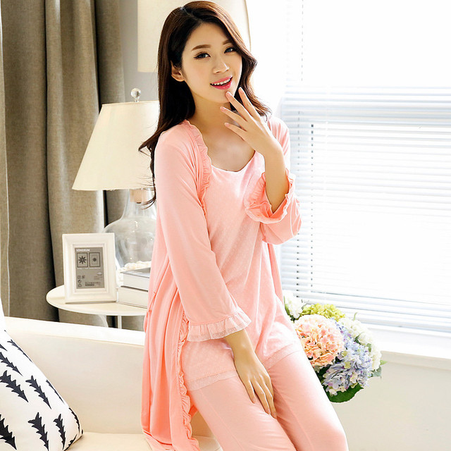 Robe Sexy Long Modal Sleepwear Sexy With A Chest Built-in Bra Bamboo Fiber Pajamas Long-sleeved Womens Satin Robe Nightgown Set