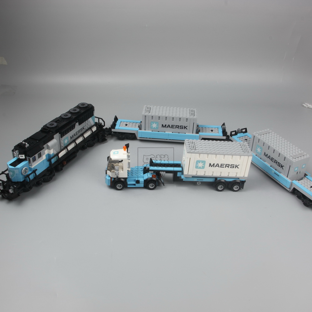 IN STOCK Lepin 21006 1234pcs New Genuine Technic Ultimate Series The Maersk Train Set Building Blocks Bricks Toys for 10219 lepin 21006 legoing 1234pcs genuine technic ultimate series the maersk train set building blocks bricks educational toys 10219