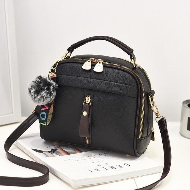 2019 femmes sacs à bandoulière sac à bandoulière pour femmes sac à main en cuir PU pleine lune couleur bonbon mignon avec fourrure balle shell forme sac